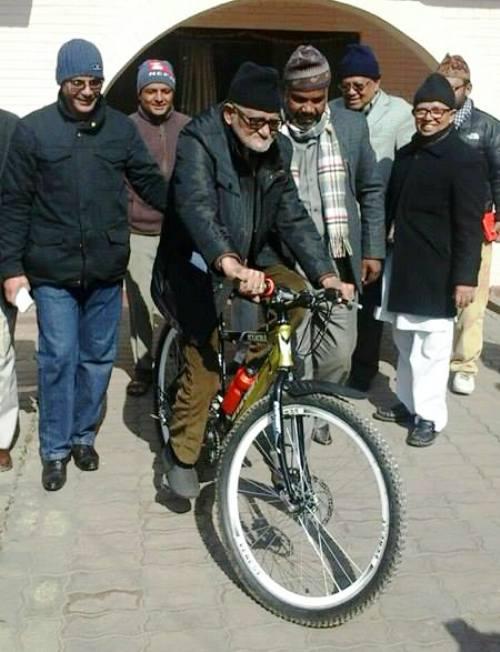 Nepali-Congress-presedent-Sushil-Koirala-cycling-1