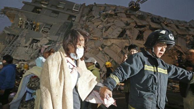 ecuador-earthquake1