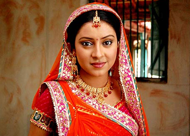 pratyusha balika badhu1