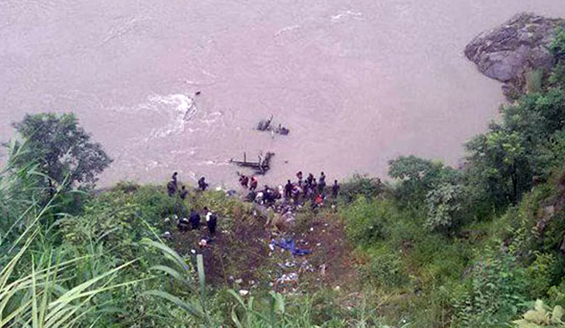 Bus-Accident-at-Chitwan