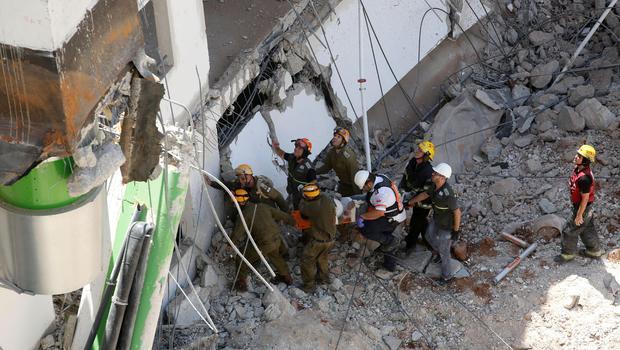 israel-garage-collapse-cbsnews-com